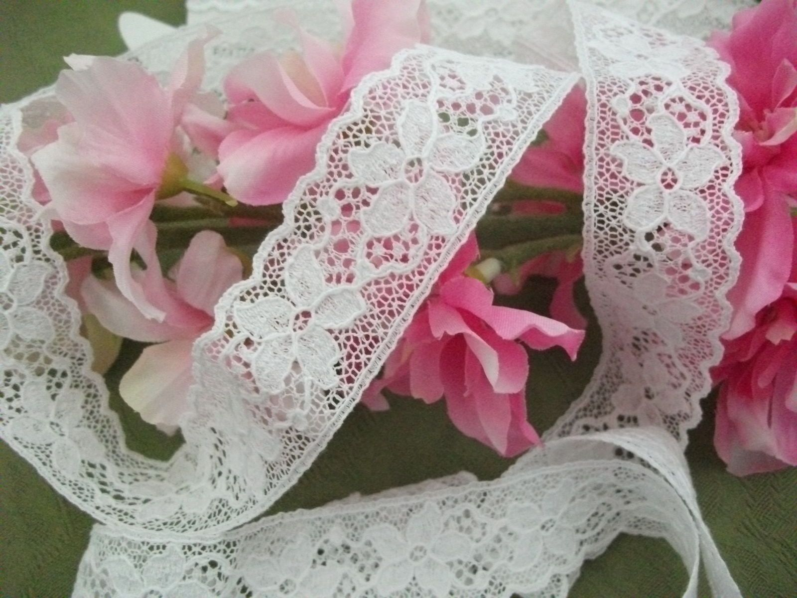 Excl White English Cotton Cluny Lace Trim Vintage Style 5 Petal