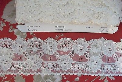 FC194 Exclusive English Nottingham Cotton Cluny Lace Vintage style - Ivory